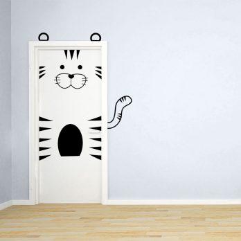 vinilo puerta infantil tigre 2