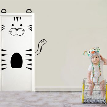 vinilo puerta infantil tigre