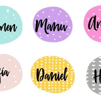 varios vinilos con nombre de colores